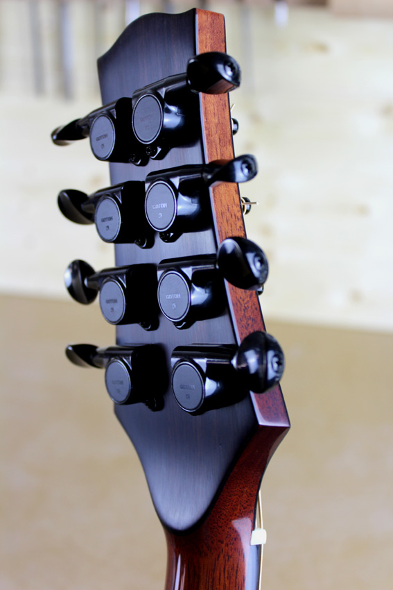 black mini Gotoh tuners